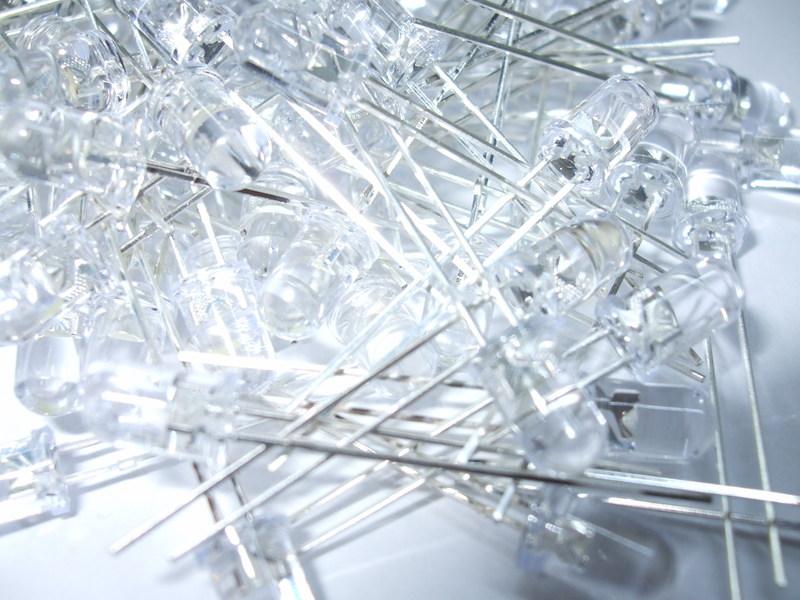 100 LED UV ULTRAVIOLETTI ULTRALUMINOSI 5mm 2000mcd