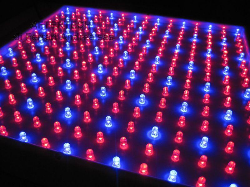 Lampade A Led Per Coltivazione Indoor.Grow Panel 225led Rossi E Blu Coltivazione Indoor 15w