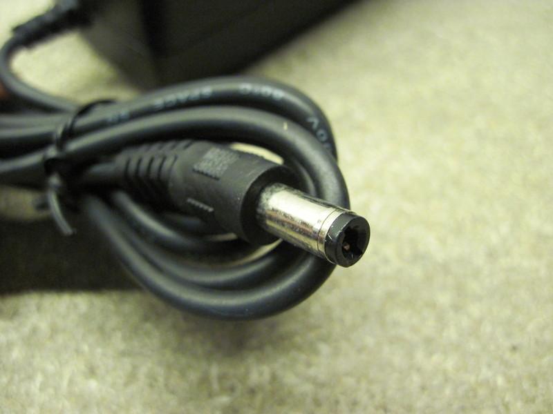 Netzteil 24v 1 Ampere 1a Hohe Qualität 24 Watt 24w C5e1